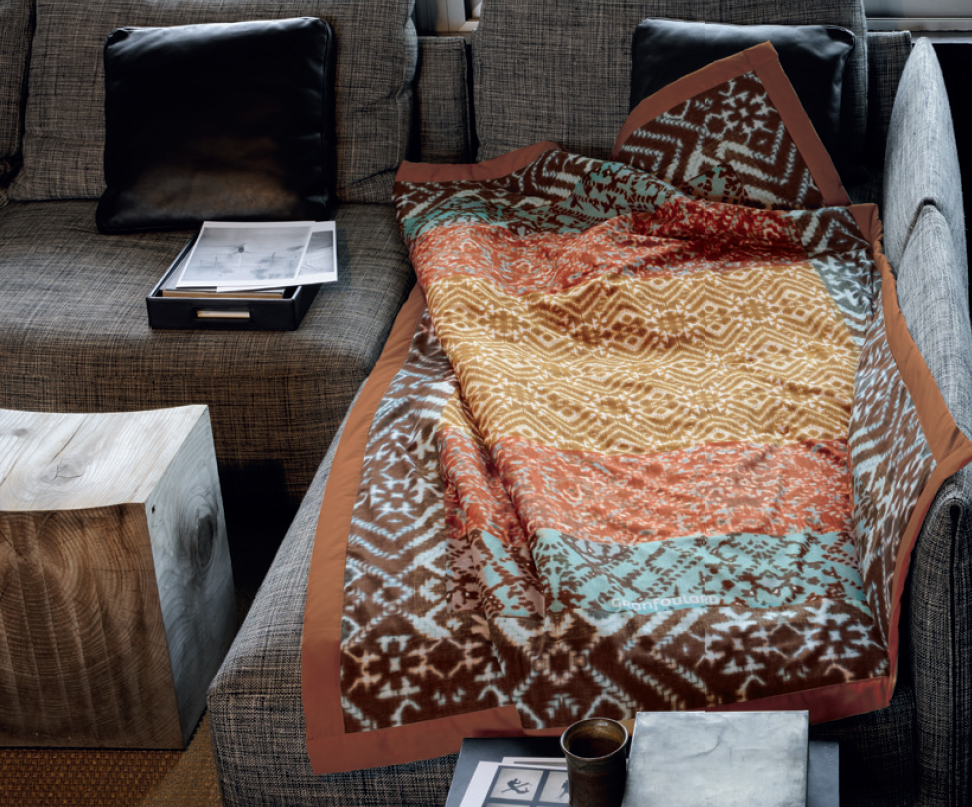 Un d a especial san valent n villalba interiorismo - Plaids para sofas ...