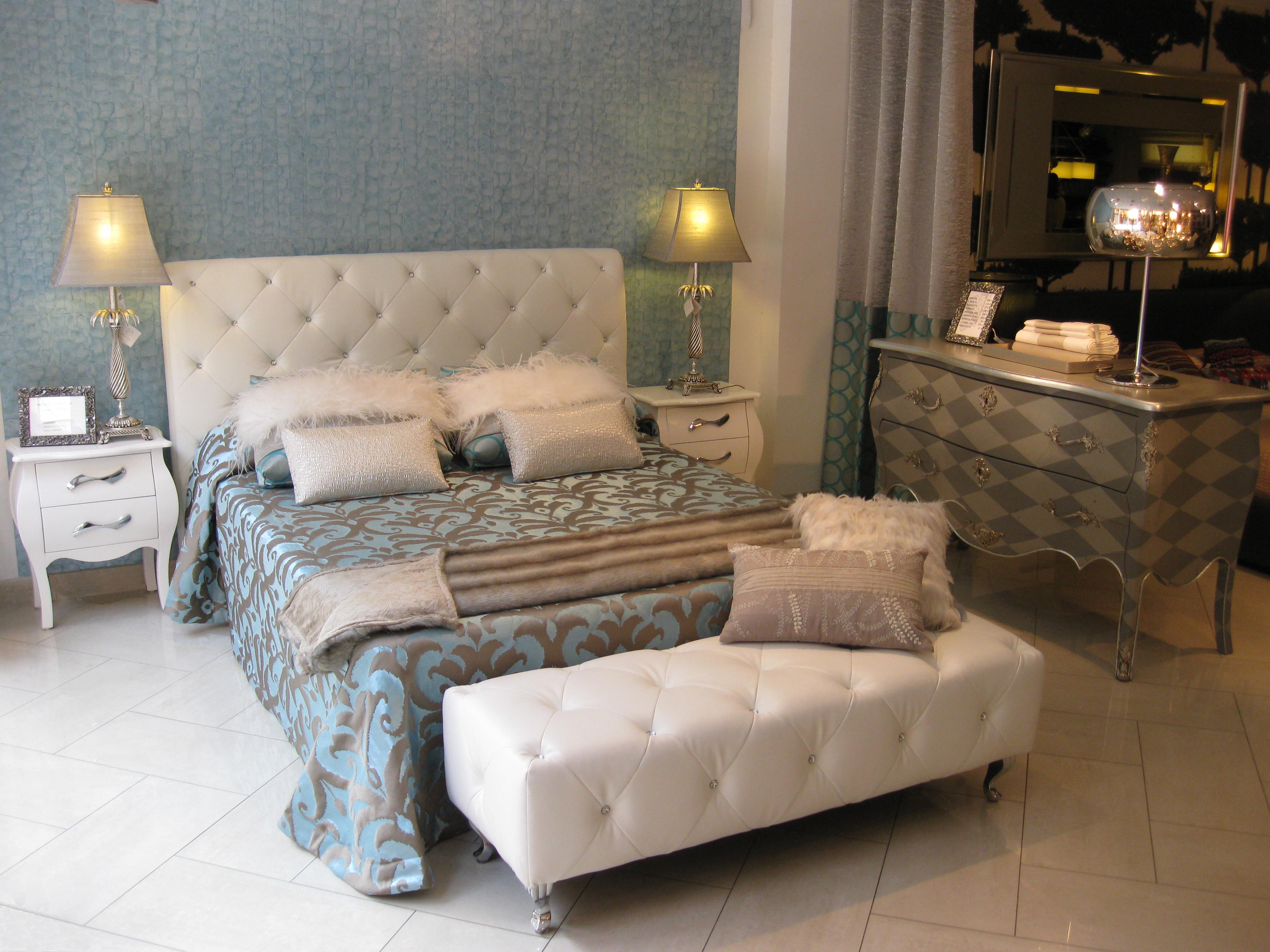 C mo conseguir un dormitorio relajante villalba interiorismo - Banquetas dormitorio ...