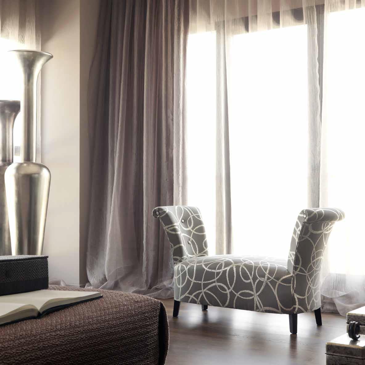 Las banquetas son ideales para el dormitorio villalba interiorismo - Banquetas dormitorio ...
