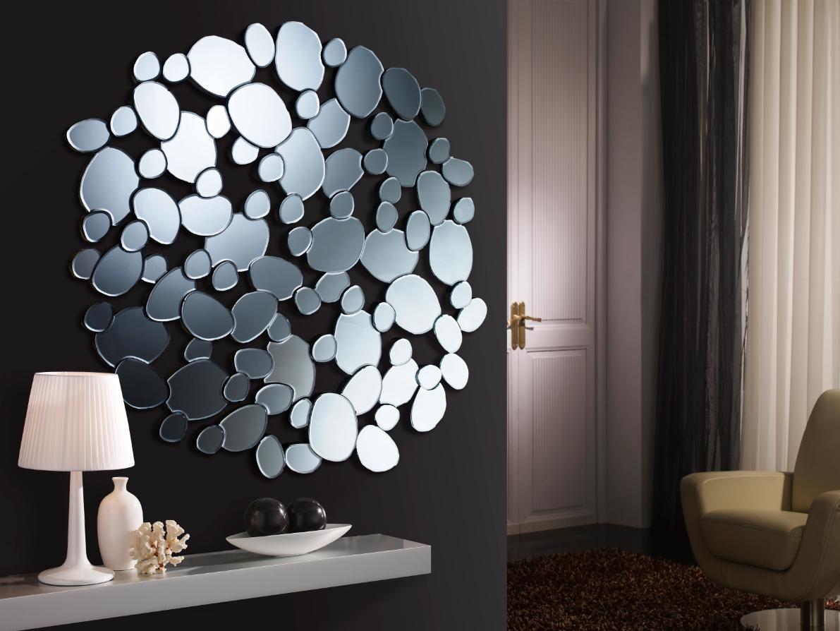 Crea ambientes modernos con espejos de cristal villalba for Espejos de salon conforama