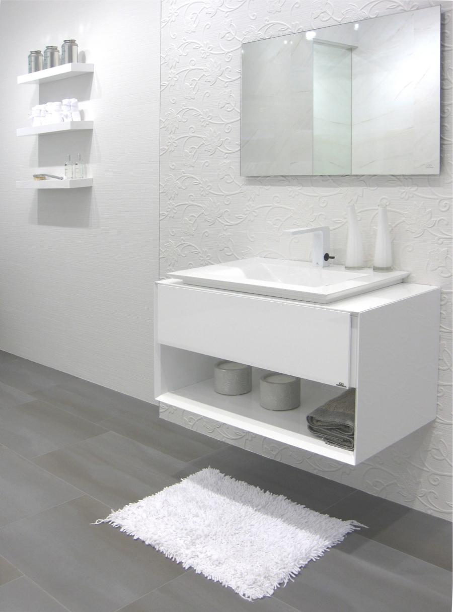 Baño en blanco de Porcelanosa - Villalba Interiorismo