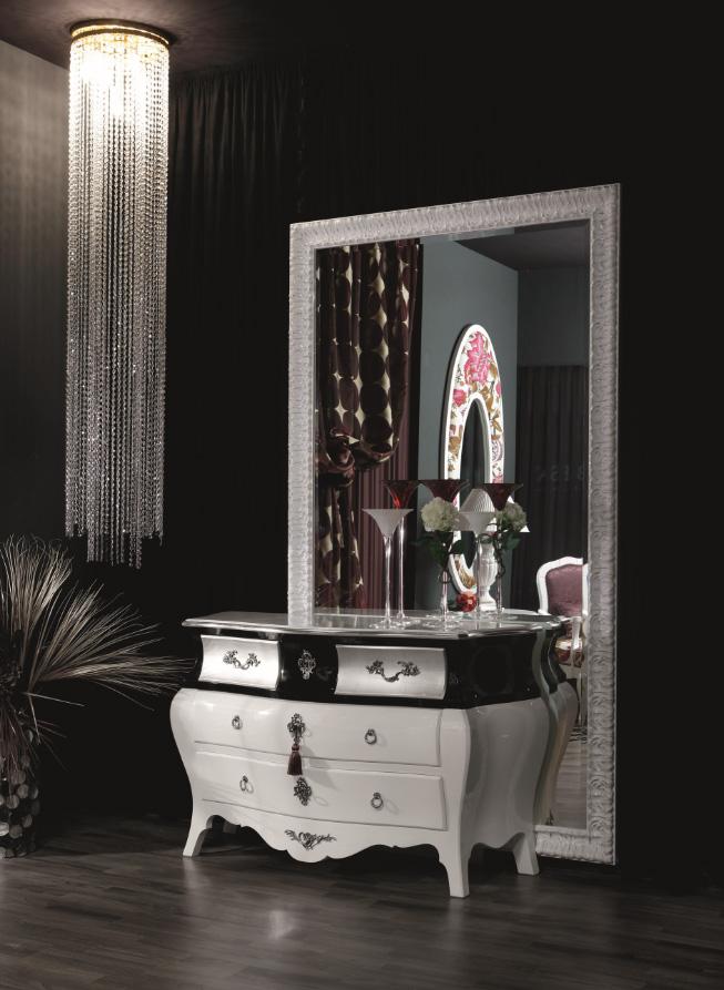 Cómoda blanca y negra con plata - Villalba Interiorismo