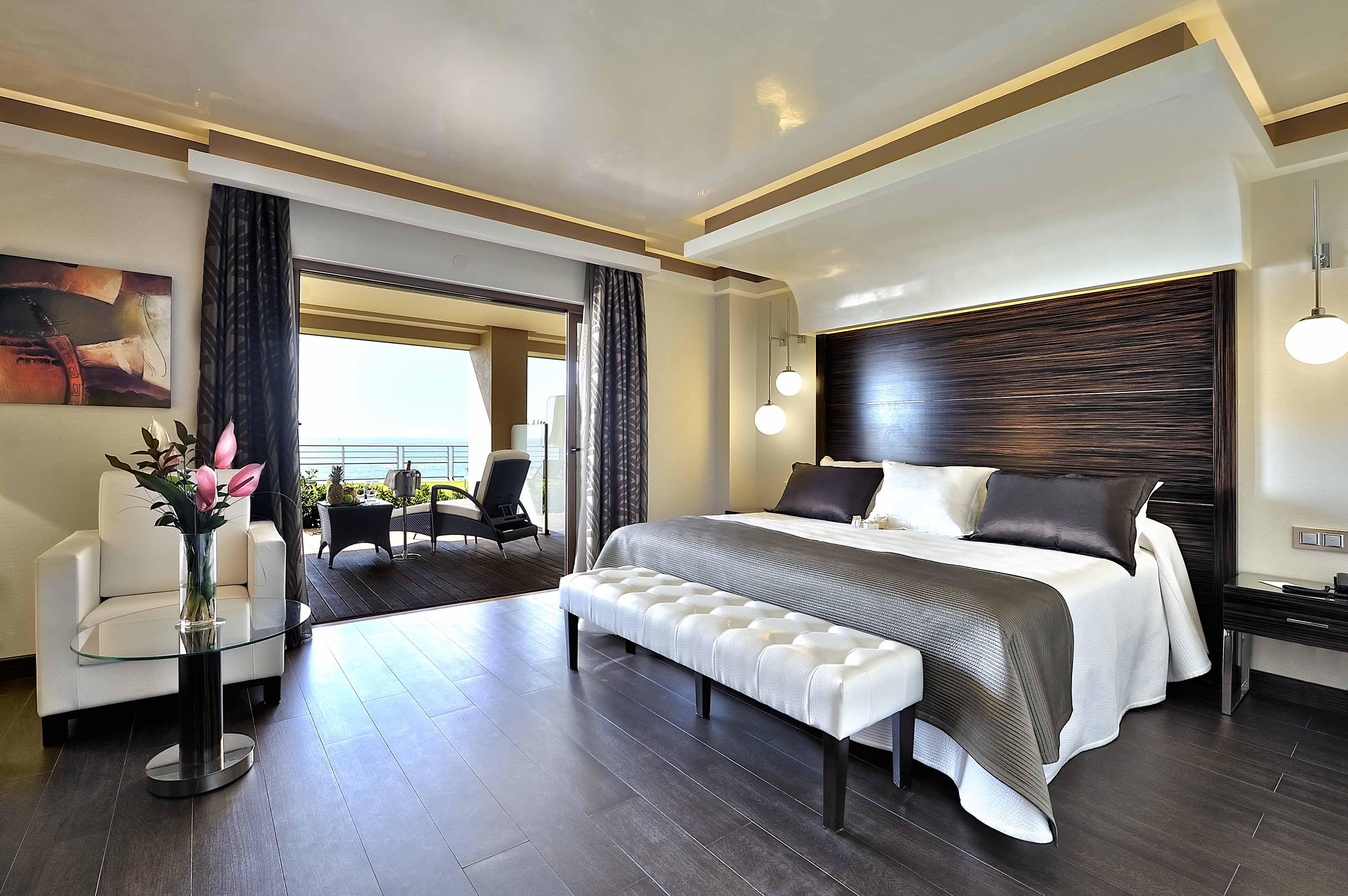 C mo decorar el dormitorio con ideas inspiradas en el for Hoteles para 5 personas