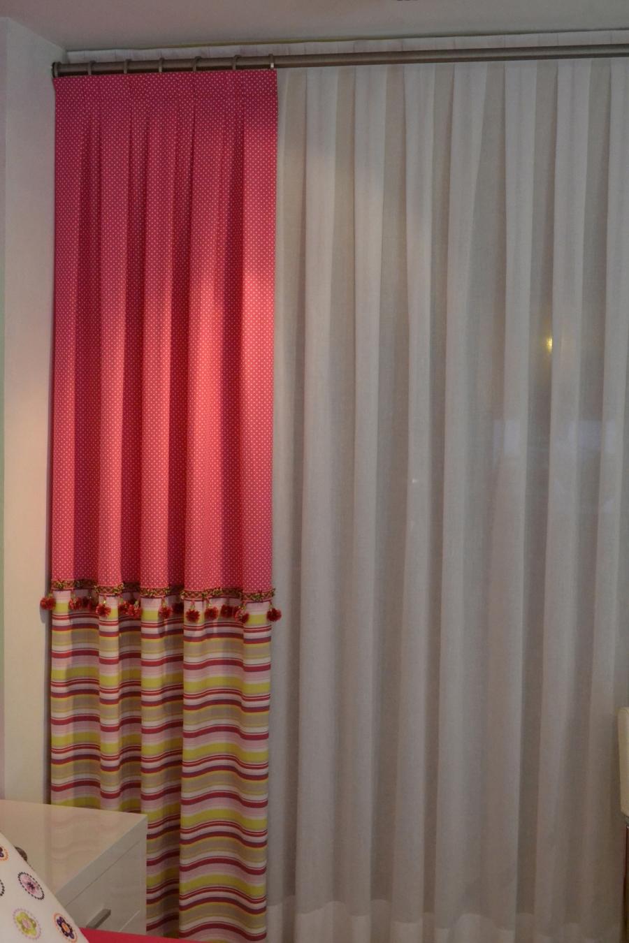 Visillo con riel y dobles con barra - Villalba Interiorismo