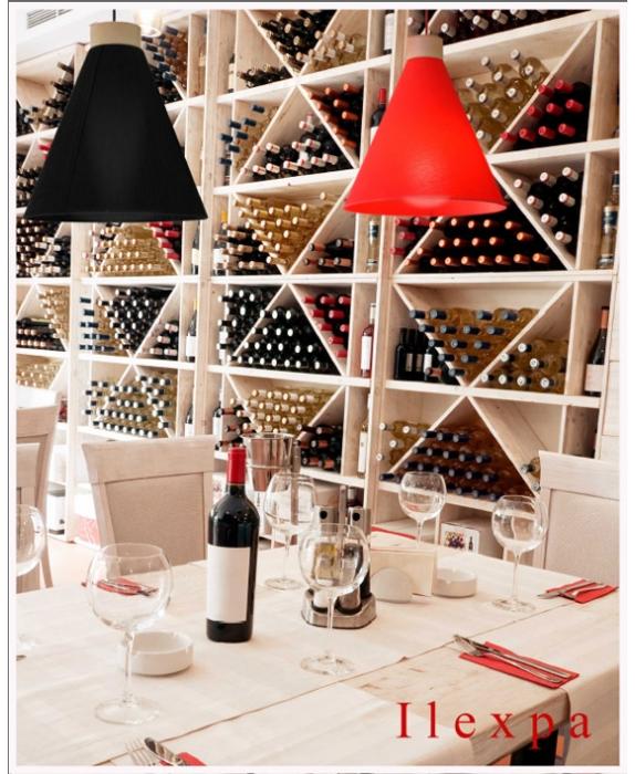 Lámpara techo en restaurante modelo Moka de Ilexpa  - Villalba Interiorismo