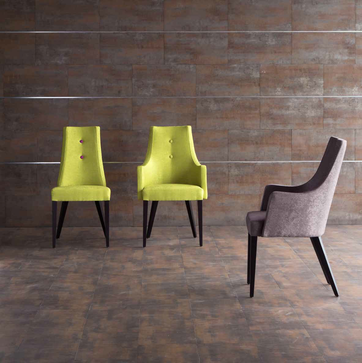Una silla tapizada muy original villalba interiorismo for Modelos de sillones
