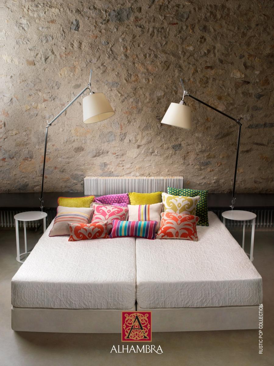 Ambiente simétrico en el dormitorio - Villalba Interiorismo