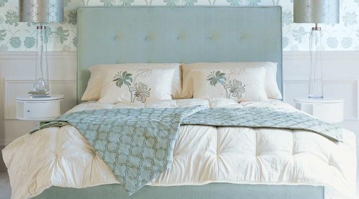 Consejos para colocar cojines en tu cama villalba - Decorar cama como sofa ...