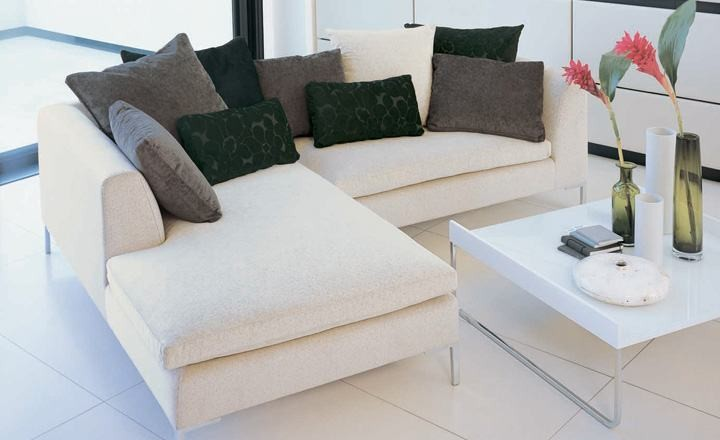 Cojines para sofá blanco moderno - Villalba Interiorismo