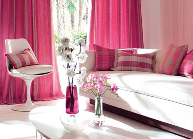 C mo decorar el sal n con ideas y detalle en fucsia - Moda en cortinas de salon ...