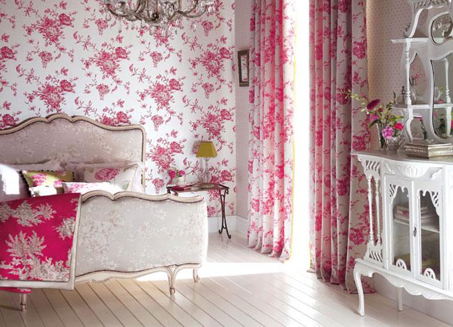 C mo decorar el dormitorio con ideas y detalles en fucsia for Papel pintado para el dormitorio adulto moderno