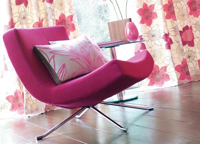 Sillón tapizado en fucsia - Villalba Interiorismo (2)