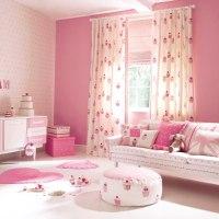 2 Ambientes para niñas coordinadando telas con papeles