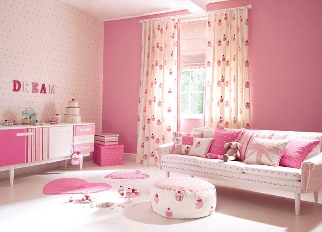 Dormitorio infantil telas Cup cakes de Harlequin - Villalba Interiorismo