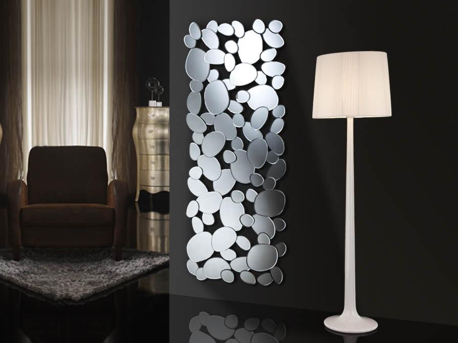 Un espejo de cristal y m rate y m rate villalba - Espejo salon moderno ...