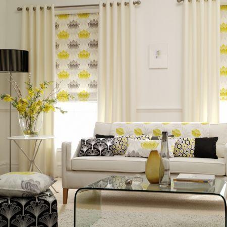 Salón blanco con amarillos - Villalba Interiorismo