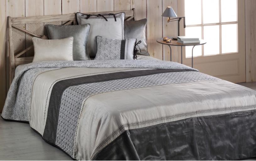 El blanco para la cama que sea de bassols villalba - Cojines grandes para cama ...