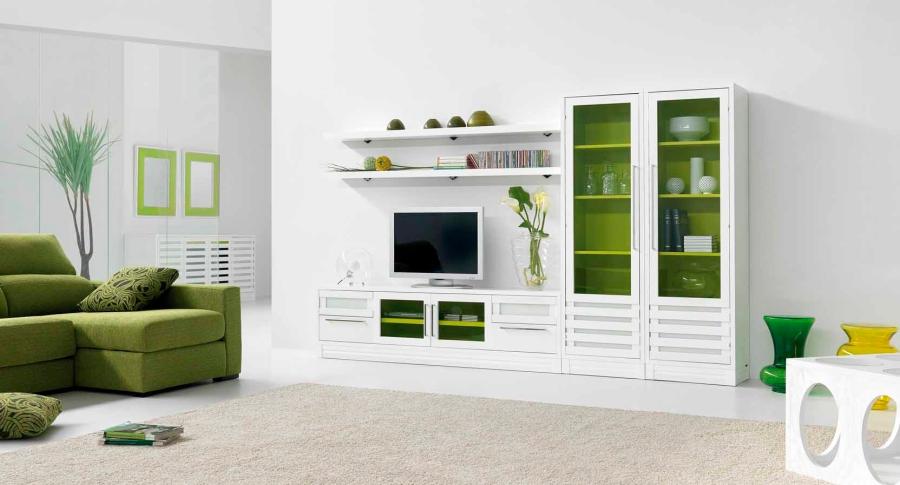 Salón con detalles en verde - Villalba Interiorismo