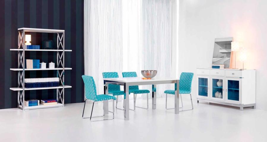 Salón con sillas turquesa - Villalba Interiorismo