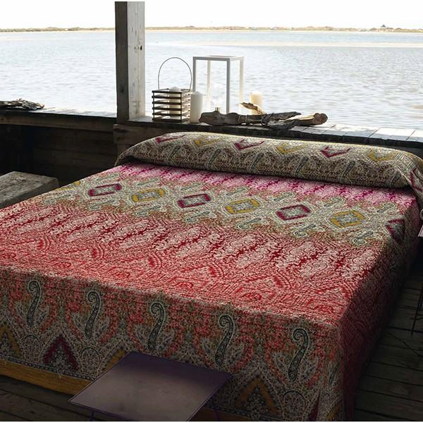 Las colchas o boutis de bassetti alegr a en tu cama villalba interiorismo - Colchas para cama de 150 ...