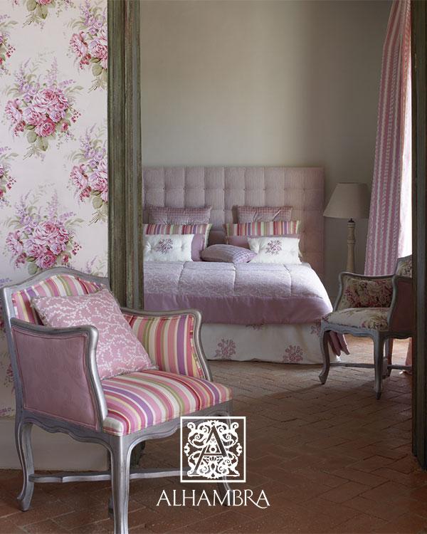 Ambientes con telas de flores y en rosa villalba for Telas para cortinas de salon