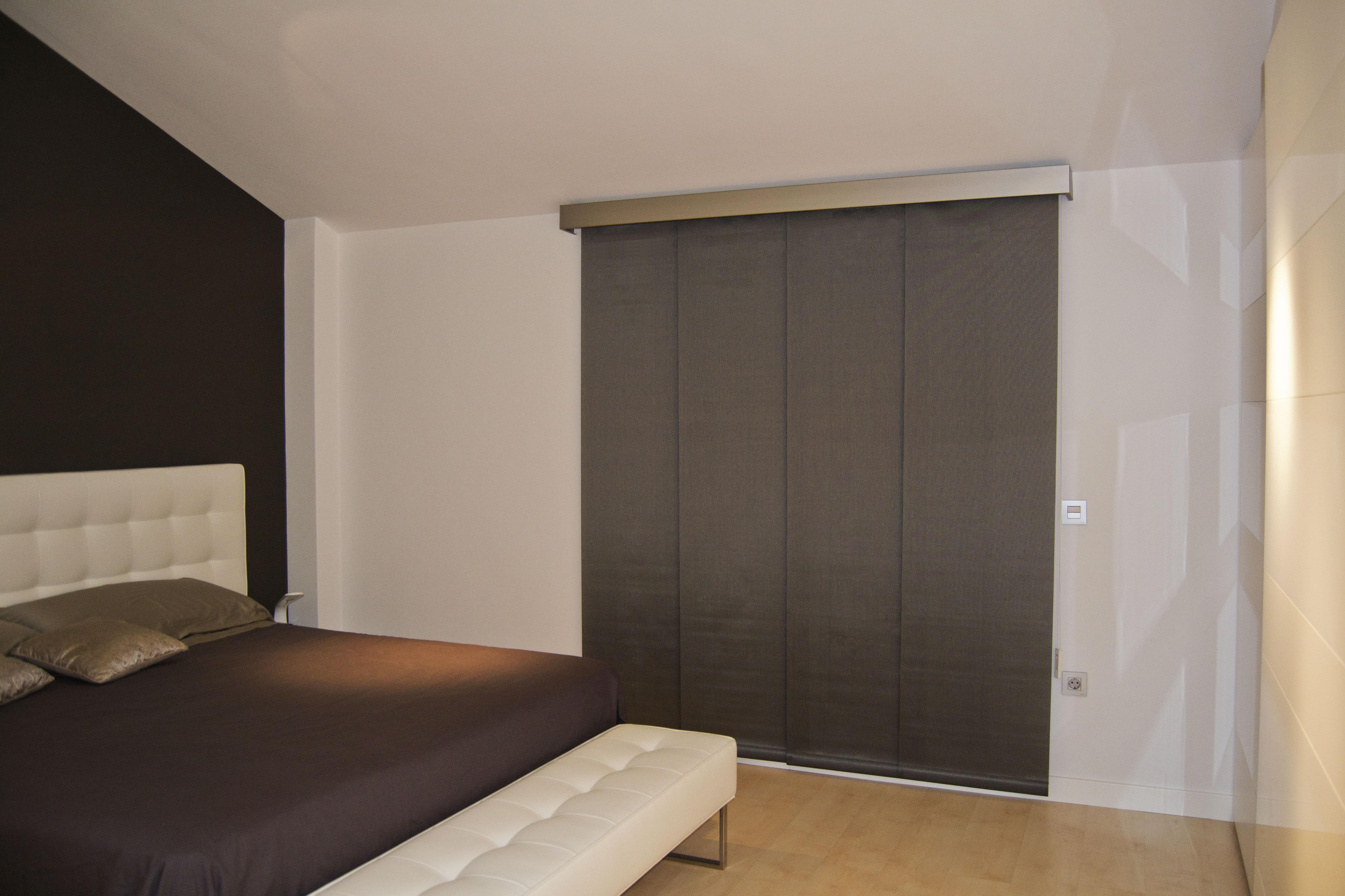 C mo combinar enrollable y panel japon s en el mismo sal n villalba interiorismo - Fotos panel japones ...