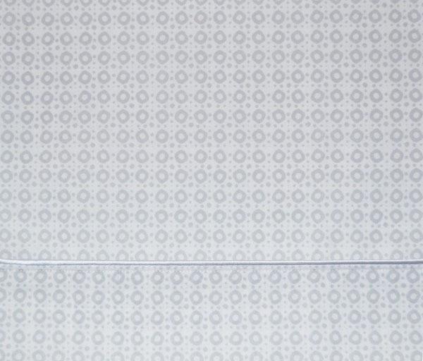 Detalle juego sábanas Killiam de Bassols - Villalba Interiorismo