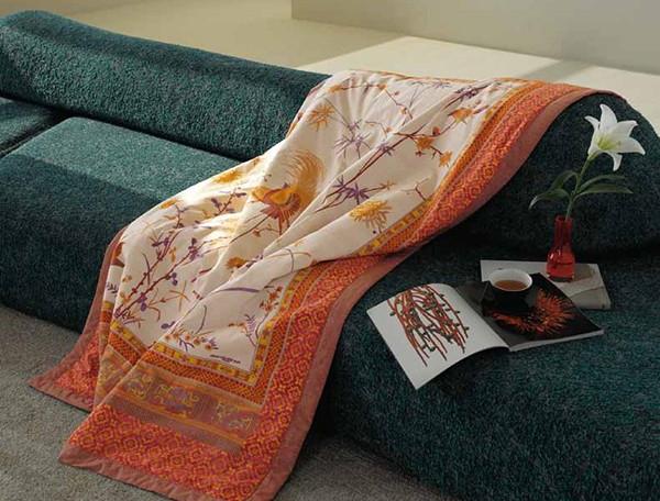 los agradables plaids de bassetti villalba interiorismo. Black Bedroom Furniture Sets. Home Design Ideas