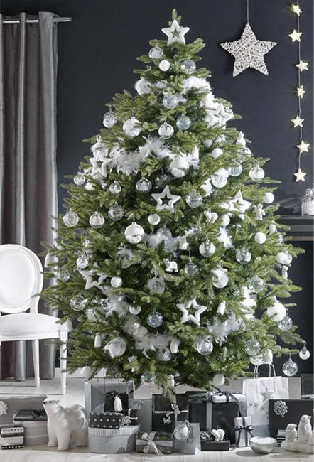 Árbol de Navidad en blanco - Villalba Interiorismo