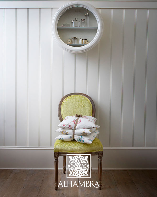 Cojines bordados - Villalba Interiorismo