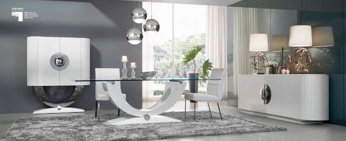 Un original comedor lacado en blanco villalba interiorismo for Salon comedor lacado blanco