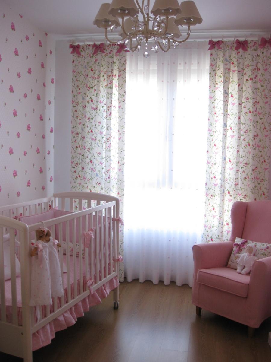Cortinas para habitaciones de niñas - Villalba Interiorismo