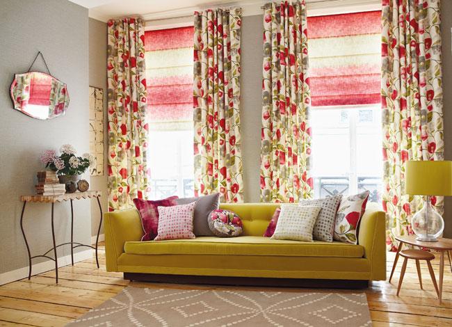 Dobles cortinas estampadas de flores - Villalba Interiorismo