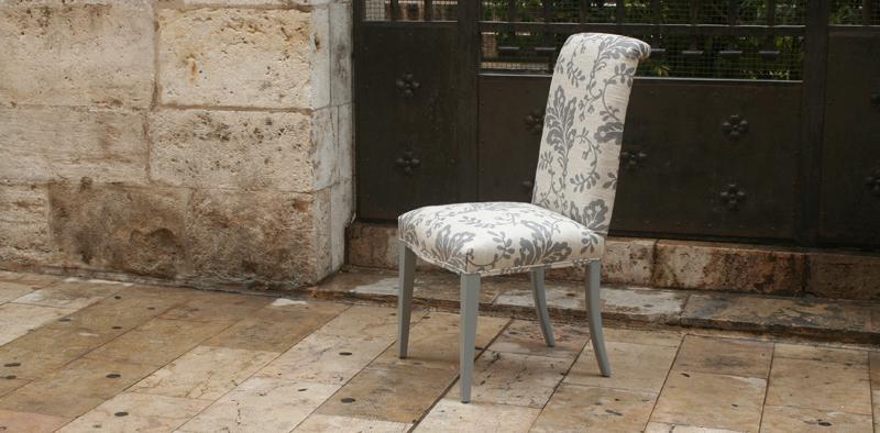 Silla respaldo tapizado - Villalba Interiorismo (3)