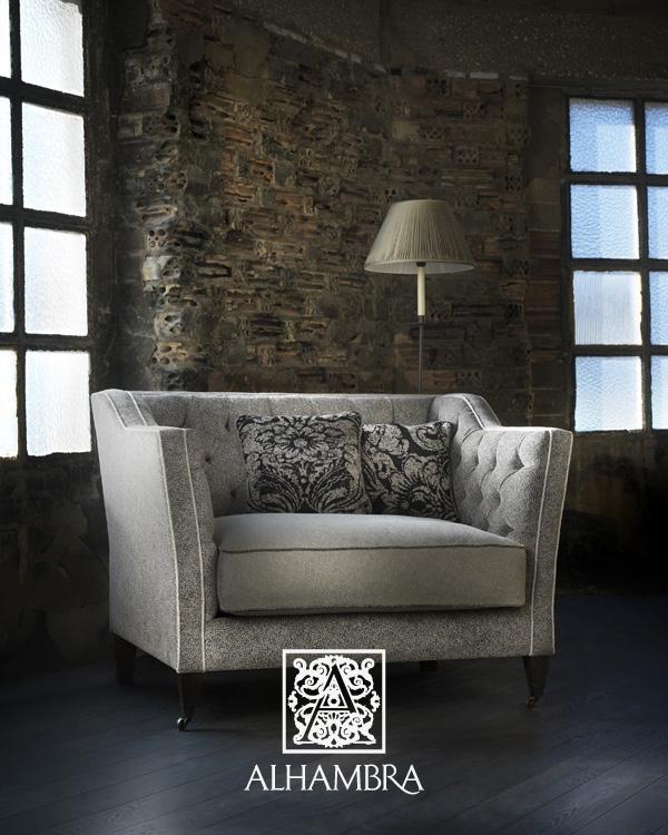 Sofá tapizado - Villalba Interiorismo