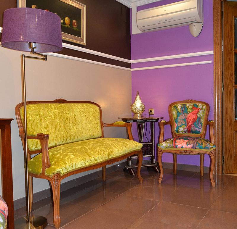 Cambiamos el tapizado villalba interiorismo - Telas para tapizar un sillon ...