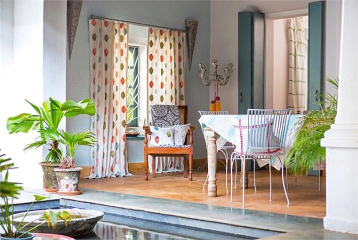 Telas bordadas Harlequin - Villalba Interiorismo