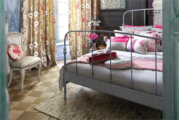 Cambia las telas y el estilo del dormitorio villalba interiorismo - Tapiceria villalba ...