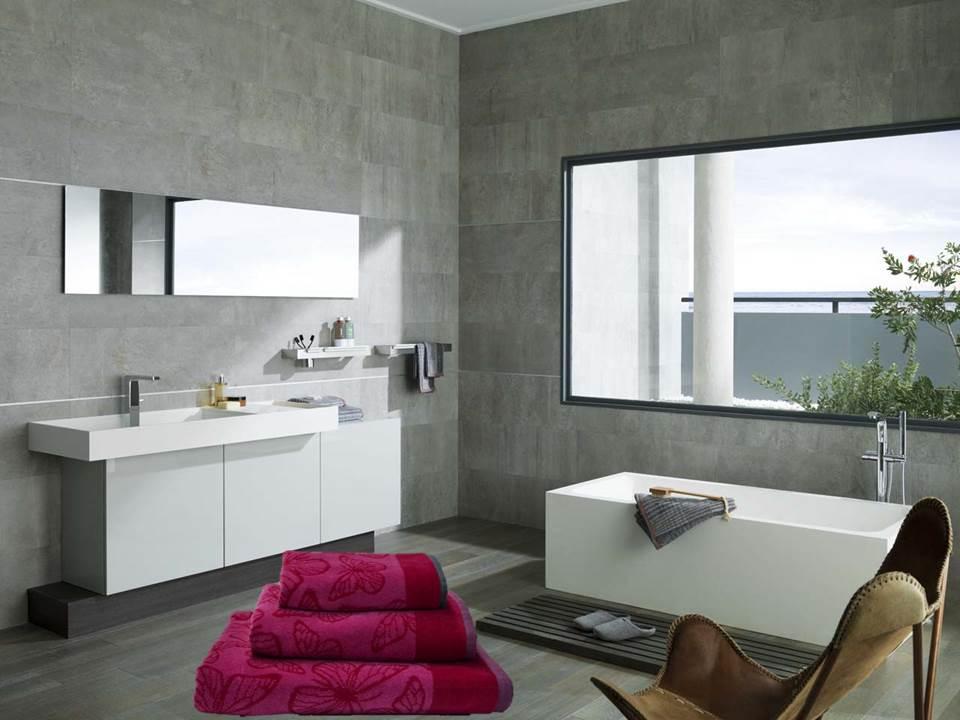 Muebles De Baño Gris:Si te enamora el color fucsia en unos cojines para la cama de tu