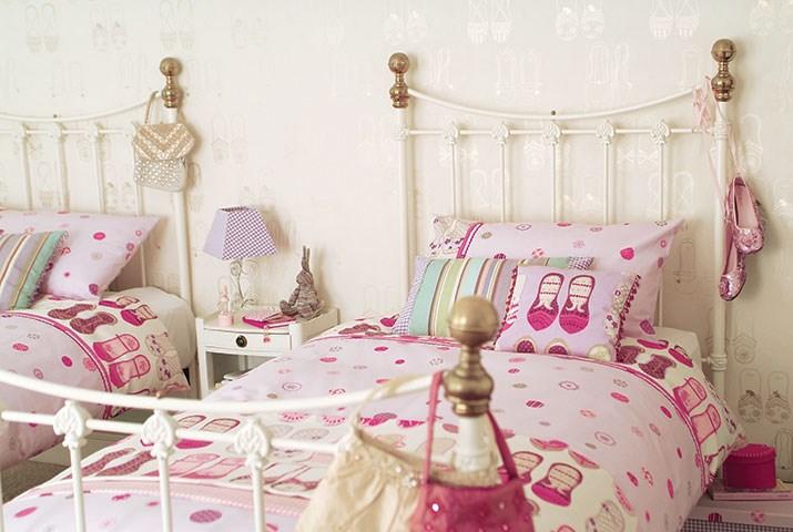 Papel pintado para habitaciones de niñas - Villalba Interiorismo