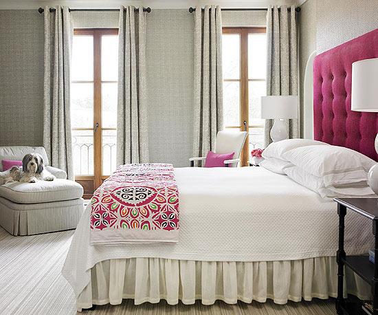 Dobles cortinas para conseguir ambientes elegantes for Cortinas blancas dormitorio