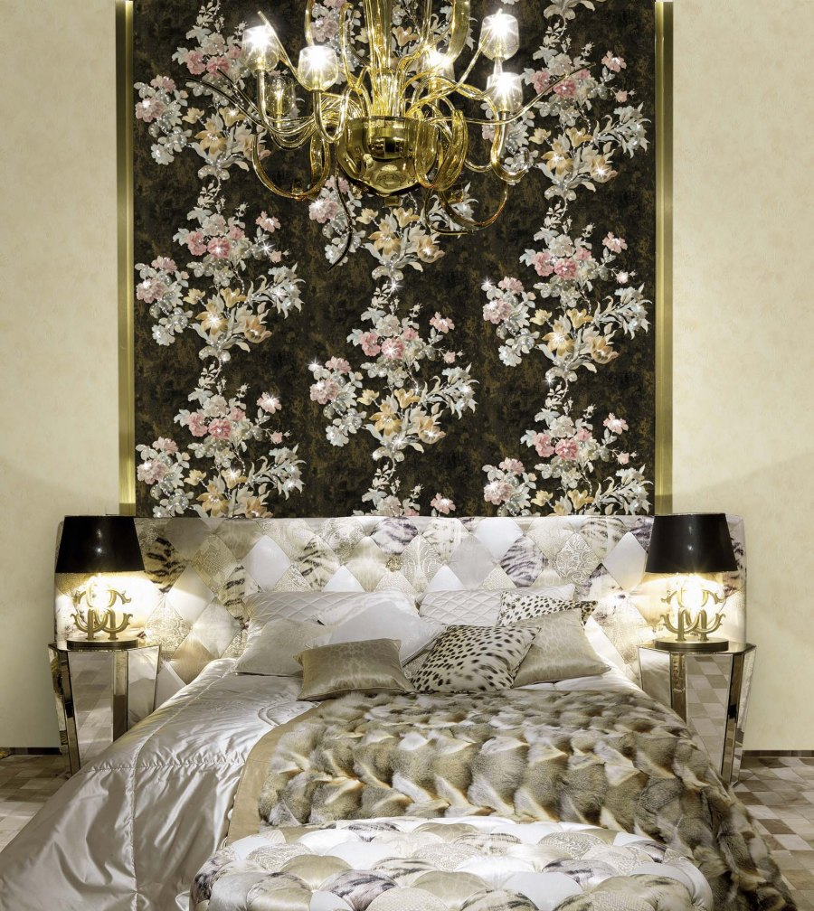 Dormitorio glamuroso de Roberto Cavalli - Villalba Interiorismo