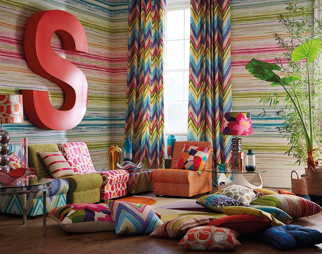 Modernas y divertidas telas con aire n rdico villalba - Decorar muebles con tela ...