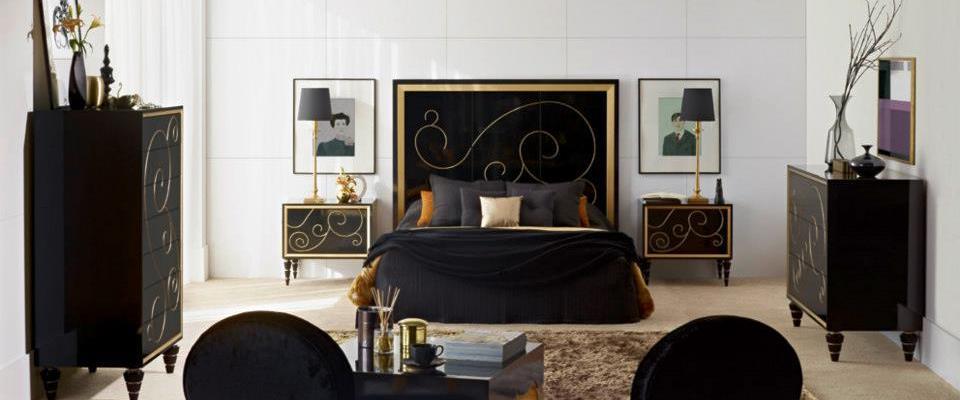 Glamour en muebles negros con toques dorados – Villalba Interiorismo