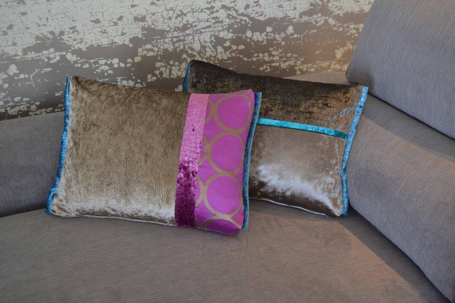 Cojines sofá gris - Villalba Interiorismo
