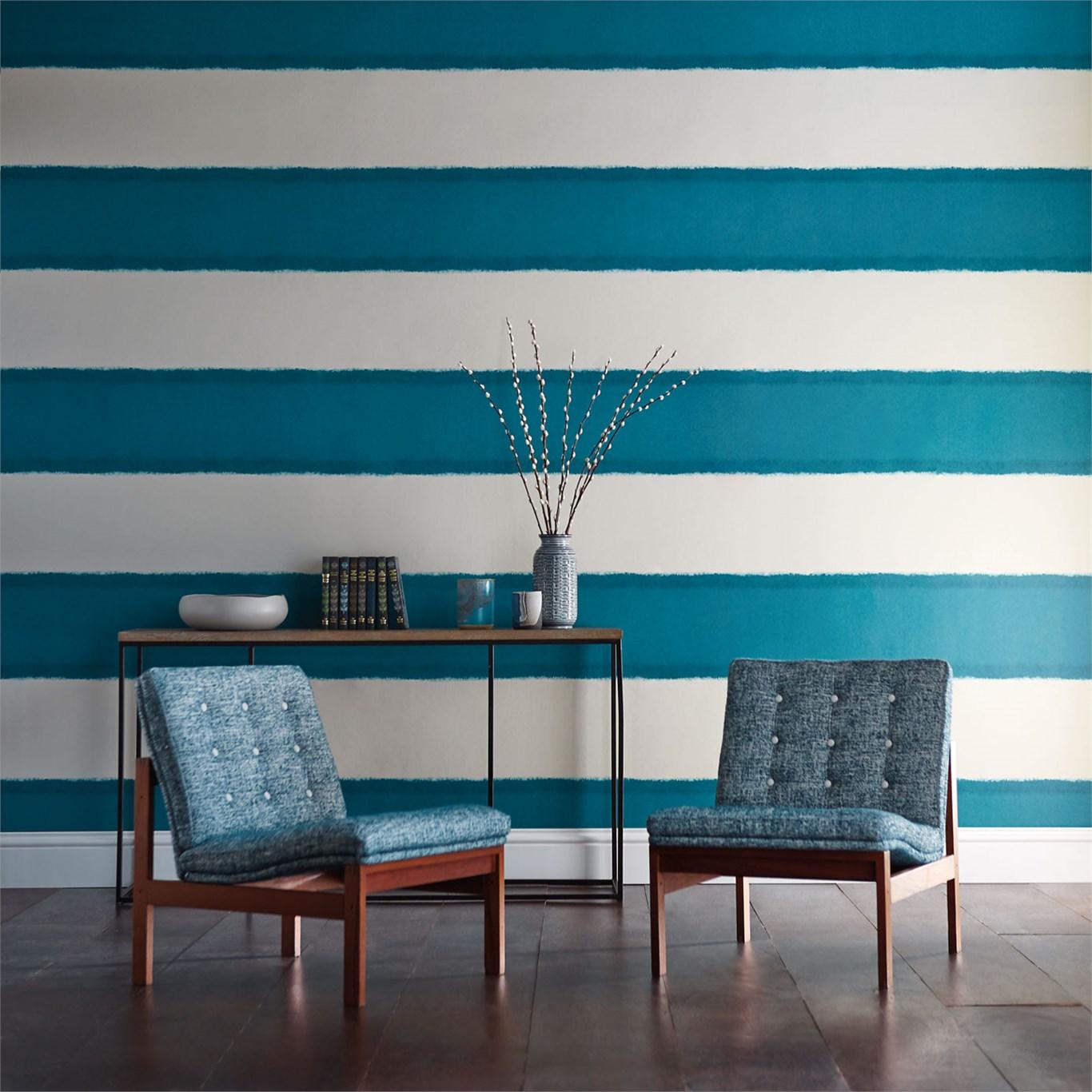 Decorando con rayas horizontales villalba interiorismo - Papel a rayas para paredes ...