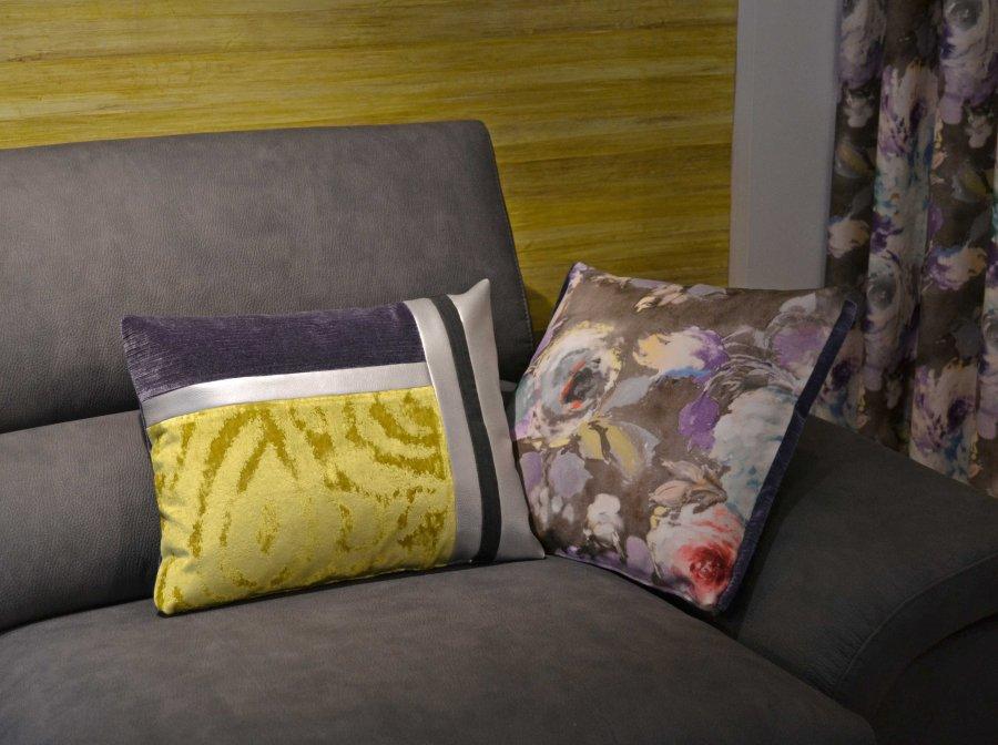 Cojines para sofá gris - Villalba Interiorismo