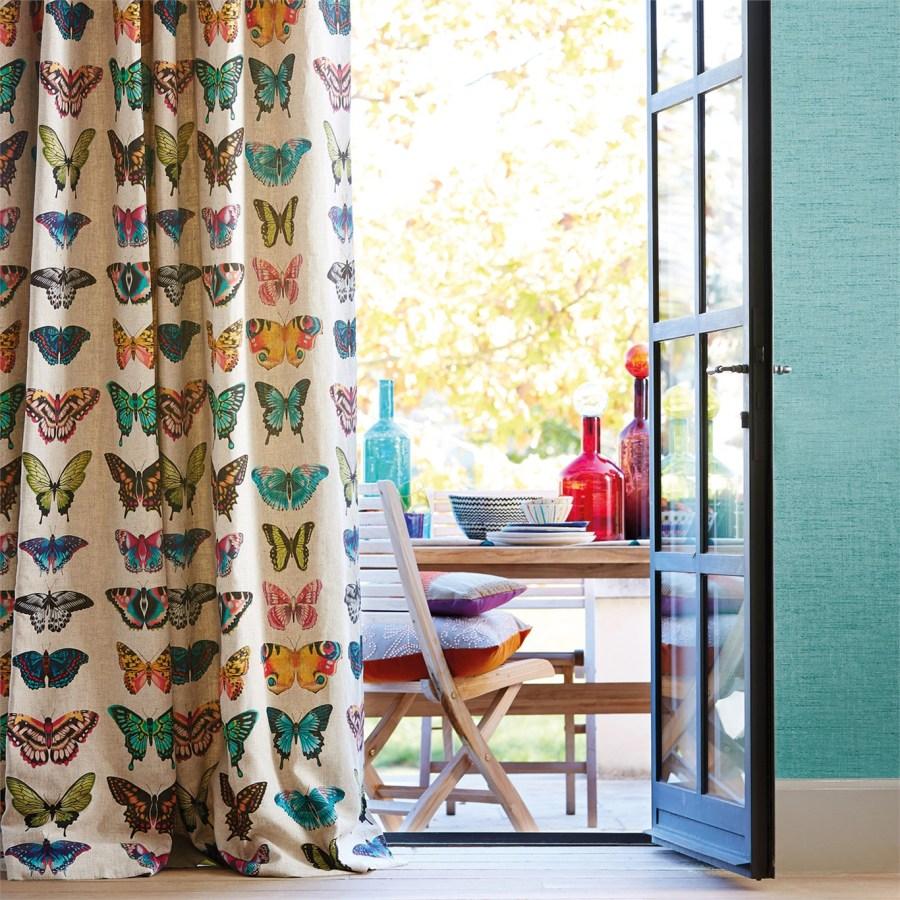 Cortina con tela mariposas - Villalba Interiorismo