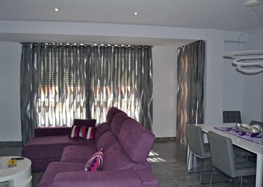 Cortina salón en gris y plata - Villalba interiorismo