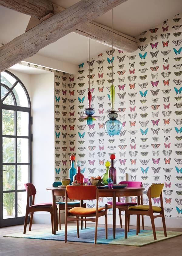 Papel pintado con mariposas de Harlequin - Villalba Interiorismo